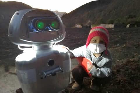 Kipi, la niña robot